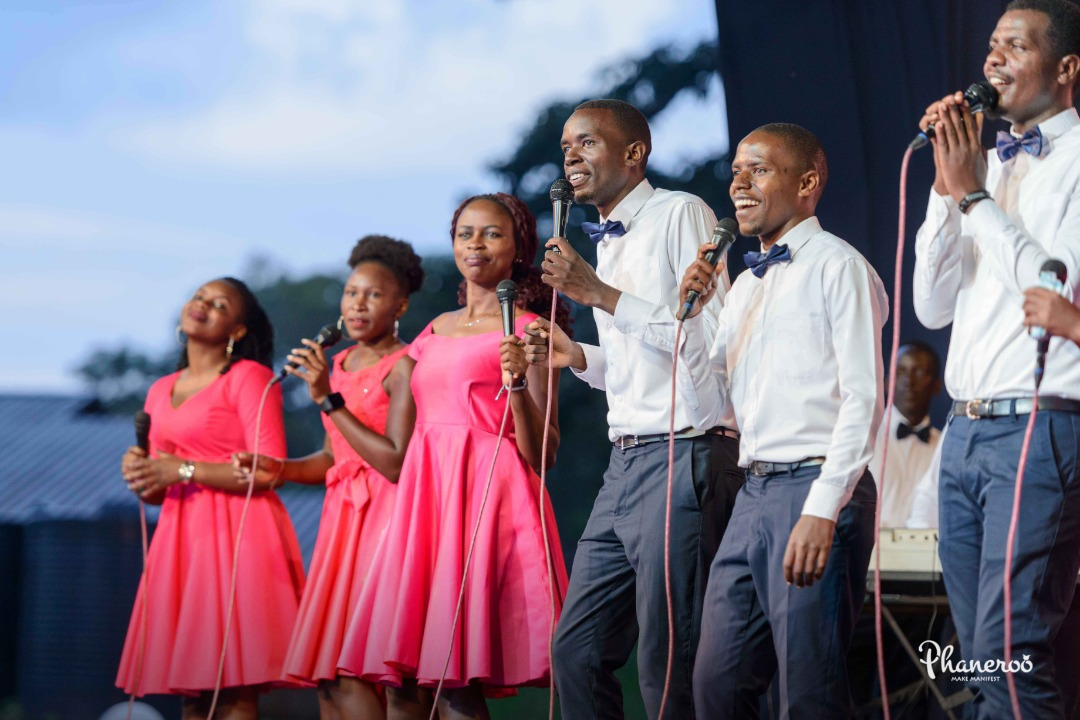 Phaneroo 241 Moments (2)