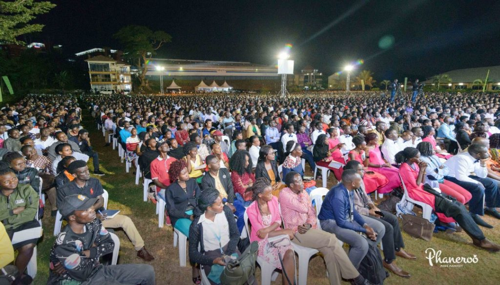 Phaneroo 241 Moments (9)